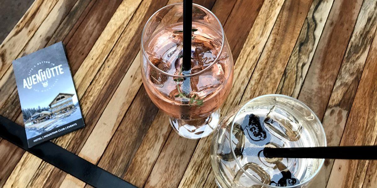 Erfrischende Bar Drinks