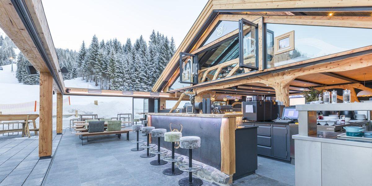Bar mit offenem Dach Kleinwalsertal-Ifen