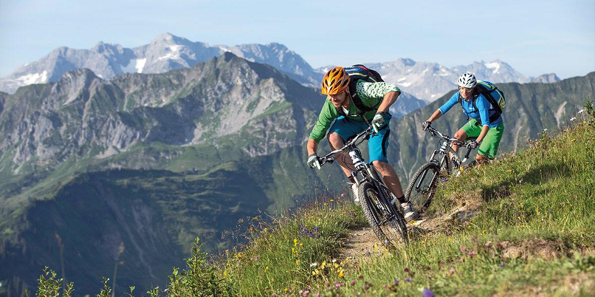 auenhuette-kleinwalsertal-aktivitaeten-sommer-biken
